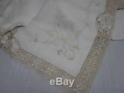 ANTIQUE IVORY LINEN & LACE w EMBROIDERED FLOWER TABLECLOTH 70 X 118 GORGEOUS
