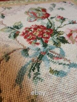 Amish Oak Sewing Storage Basket Foot Stool Hand Made Floral Needlepoint 16x16x13