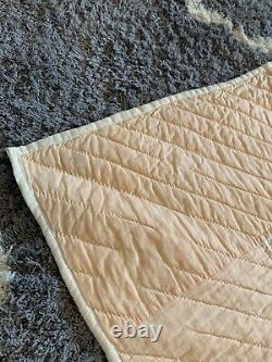 Antique Quilt 1920's White Cotton Circle Star Pattern Great Condition 82 x 74
