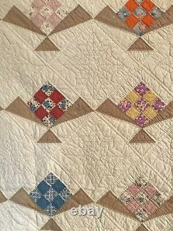 Antique Vintage 1930s Quilt 68 x 80 Hand-quilted Gorgeous