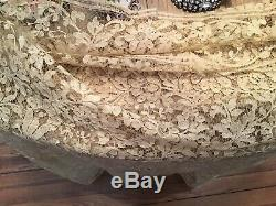 Antique Vtg French Net Lace Victorian Old Scalloped Edge Flowers Tambour Old