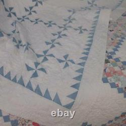 Lovely in Cornflower Blue! Antique c1900 Pinwheel QUILT 80x76 Flying Geese Edge