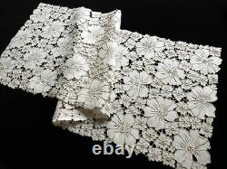 Masses of Flowers Antique Madeira Cutwork Embroidery 8 Placemats & Runner