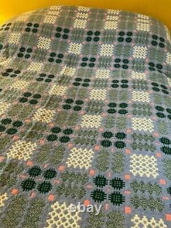 Welsh Wool Tapestry Blanket/Throw 76 inches x 90 inches, excellent condition